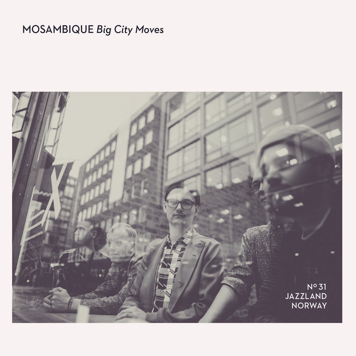 Review of Mosambique: Big City Moves